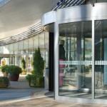 Техническое обслуживание автоматических дверей